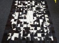 Natūralūs karvės kailio susiūti kilimai. Nauja