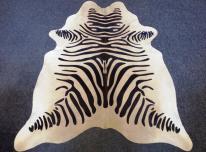 Egzotinių gyvūnų raštų kailiniai kilimai