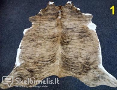 Tigrinio rašto naturalūs karvės kailio kilimai